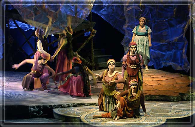 Medea - Set design by R. Finkelstein